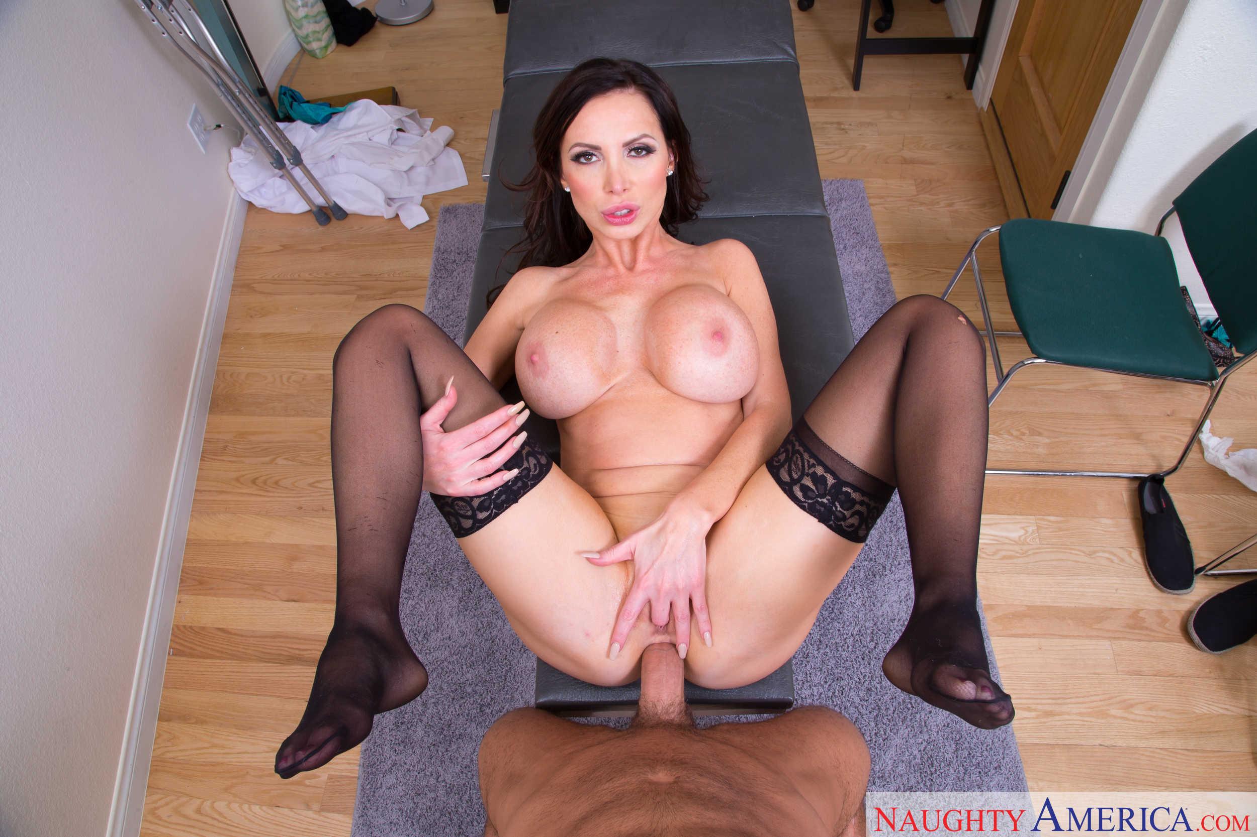 Порно фото с никки бенс 6 фотография